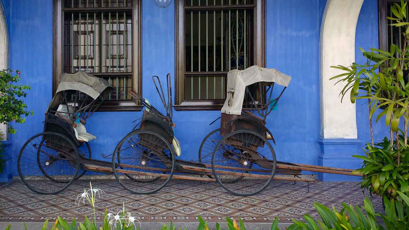 20 days Southeast Asia trip. Rickshaw at Blue Mansion georgetown