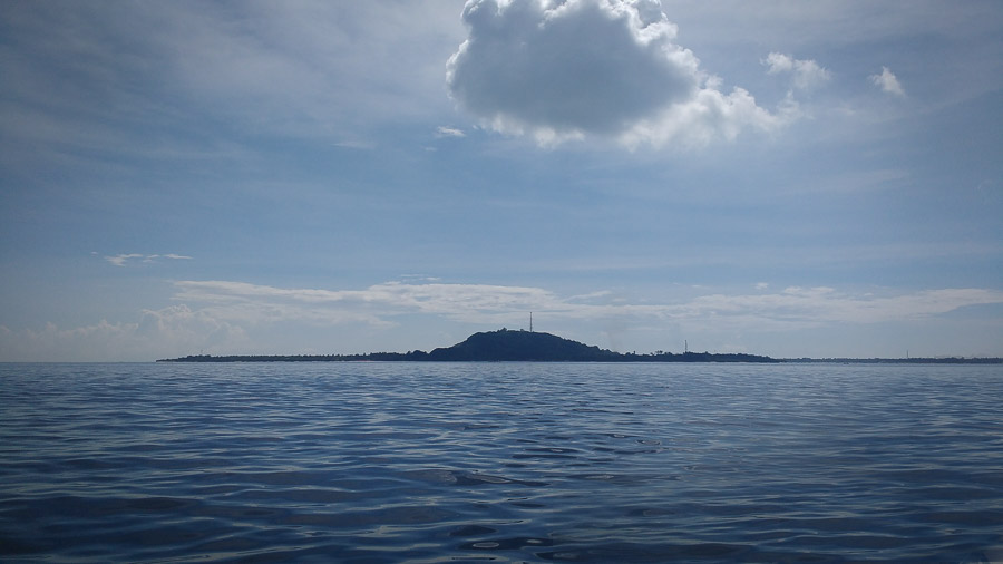 gili trawangan from the speedboat