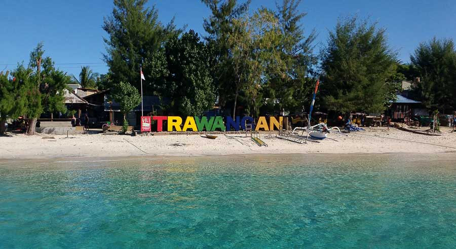 sign trawangan beach blue water best bali one-week itinerary