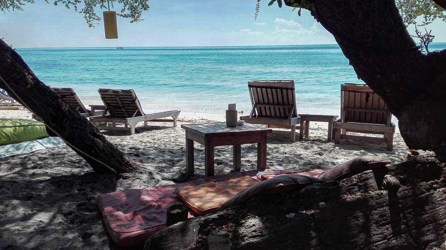 relax in bar in gili island sand beach restaurant
