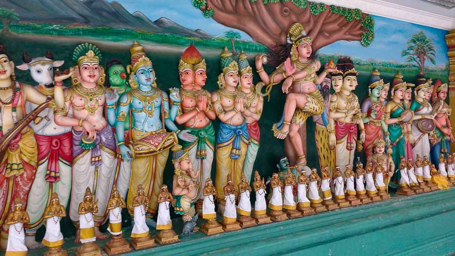 Sri Mahamariamman Temple, famous places to visit in Kuala Lumpur, Malaysia