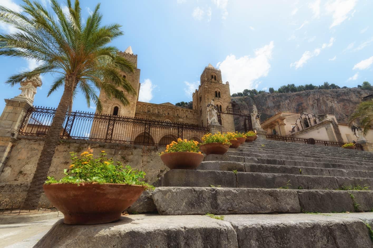 Duomo di Cefalú ruta por sicilia en 10 dias en coche