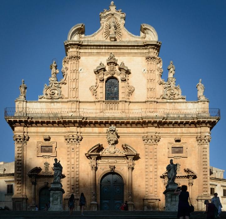 Duomo di San Pietro Módica Sicilia Sudoriental Italia