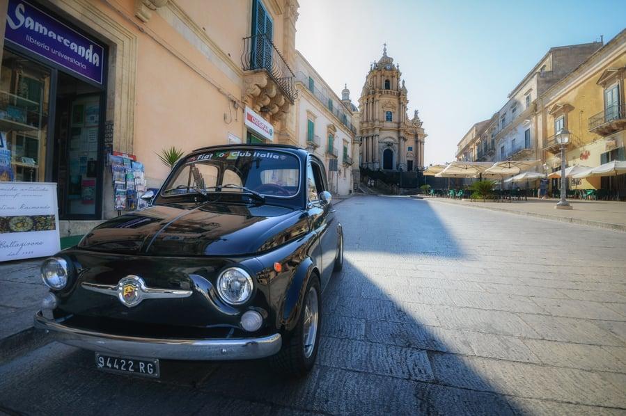Piazza Duomo de Ragusa Sicilia Sudoriental Italia