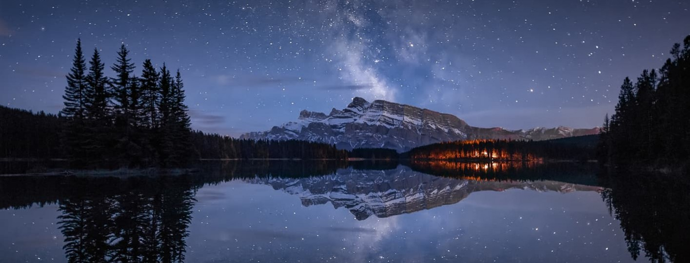 noise in photography [:es]Milky way two jack lake banff canada alberta mirror pines sky photography night banff montañas rocosas de canada [:en]Milky way two jack lake banff canada alberta mirror pines sky photography night[:] where to stay in banff