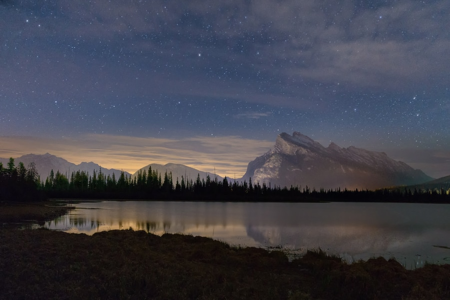 vermilion lakes banff national park. top things to do in the canadian rockies. 15 days road trip