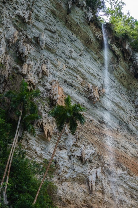 salto de agua mas alto del caribe caburni topes de collantes trinidad Cuba. guia imprescindible de trinidad
