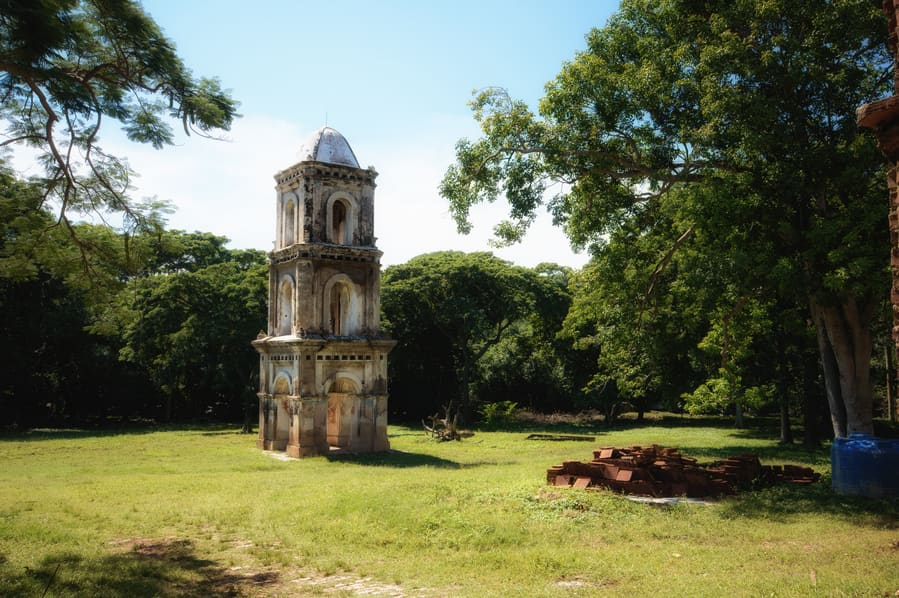 San Isidro de los destiladeros tower trinidad cuba travel guide