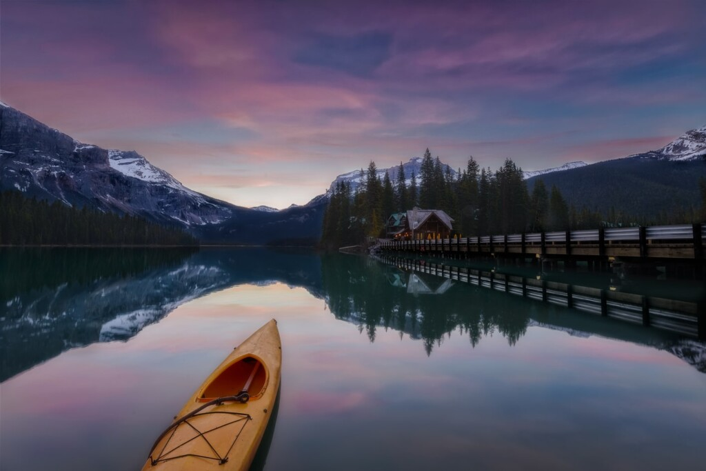 "Emerald lake sunrise - <a href=""https://capturetheatlas.com/things-to-do-yoho-national-park-canada/"">Yoho National Park.</a> <a href=""https://capturetheatlas.com/canadian-rockies-road-trip-15-days/"">Canada.</a>"