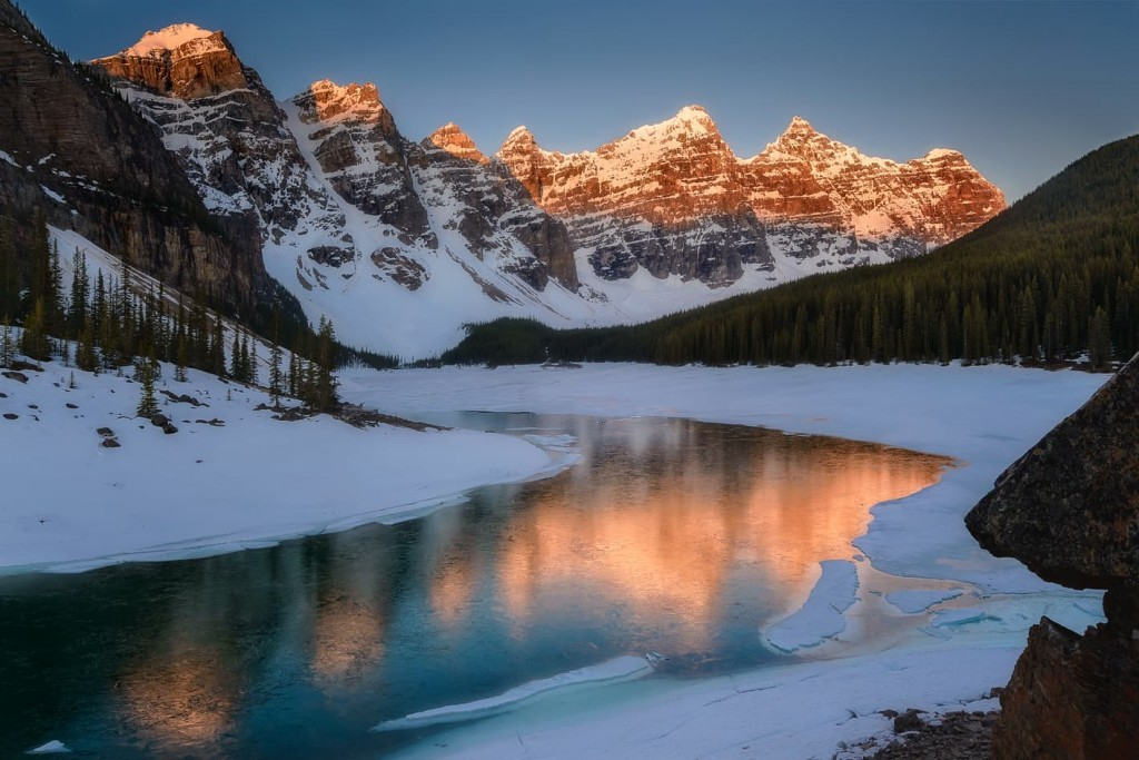 "The 10 Fiery Peak - <a href=""https://capturetheatlas.com/things-to-do-banff-national-park-canada/"">Banff National Park.</a> <a href=""https://capturetheatlas.com/canadian-rockies-road-trip-15-days/"">Canada.</a>"