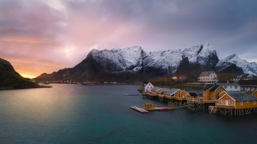 how much cost travelling to lofoten islands norway accomodation