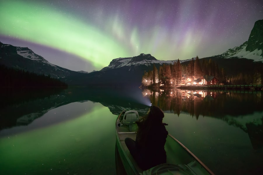 How do Northern Lights really look like