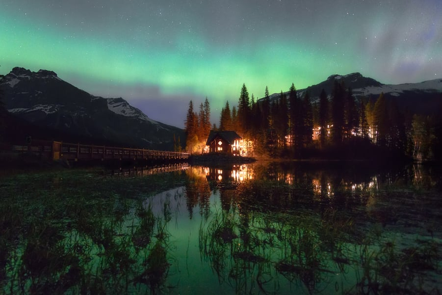 emerald lake lodge northern lights