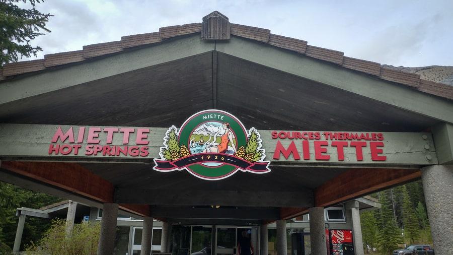 miette hot springs in jasper canada