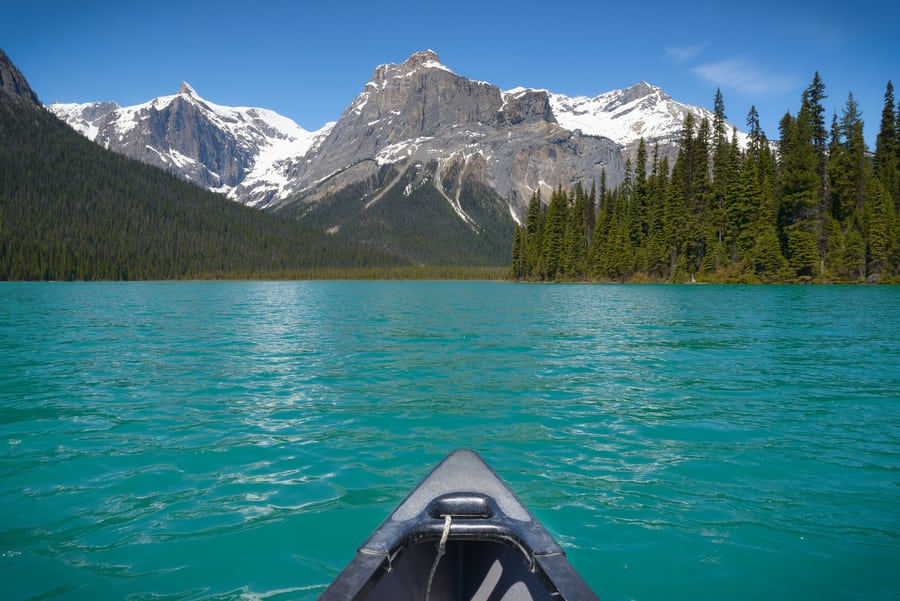kayak in emerald lake canada best things to do in yoho