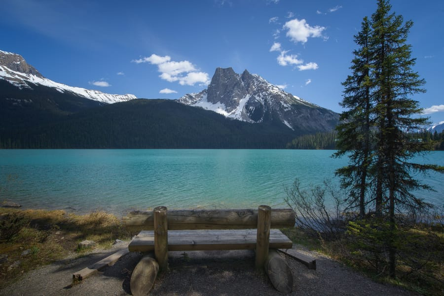 emerald lake yoho national park canada travel blog