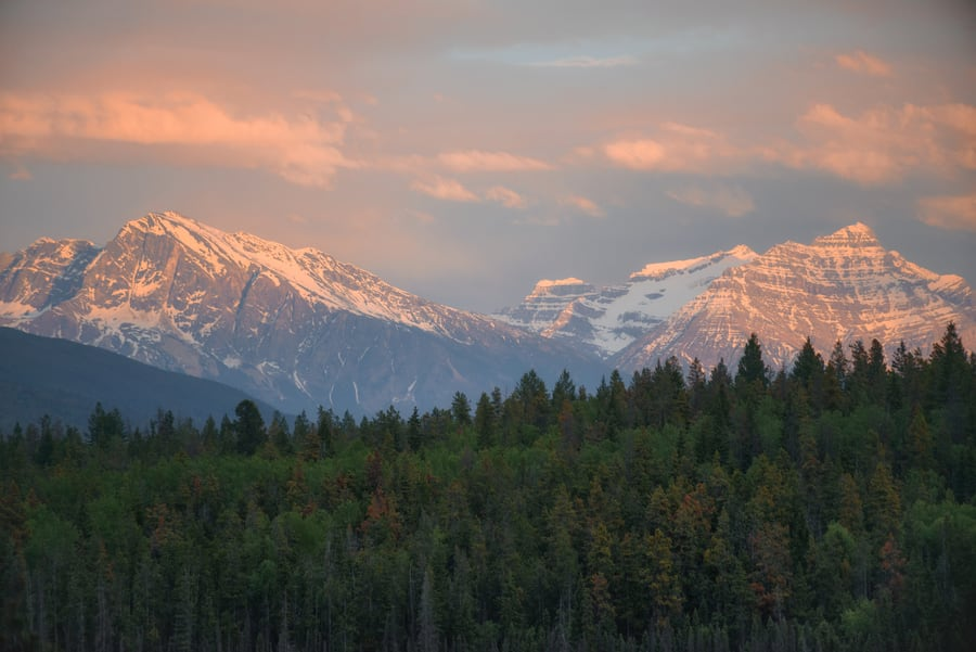 atardecer en jasper national park guia de viaje de jasper