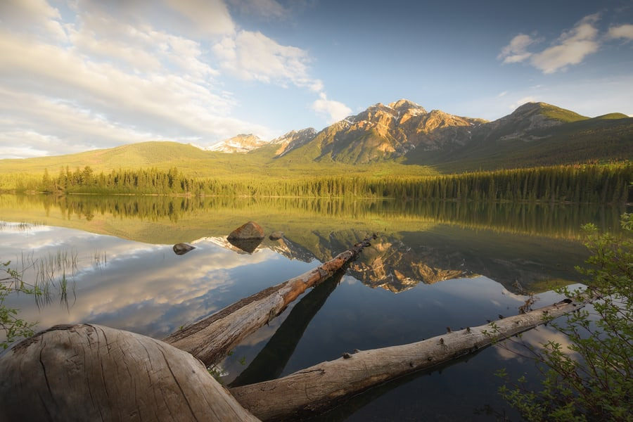 best lakes in jasper national park pyramid lake