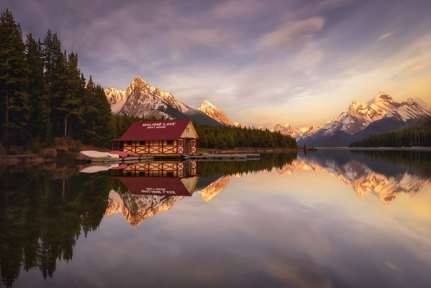maligne lake hire canadian rocky mountains tour