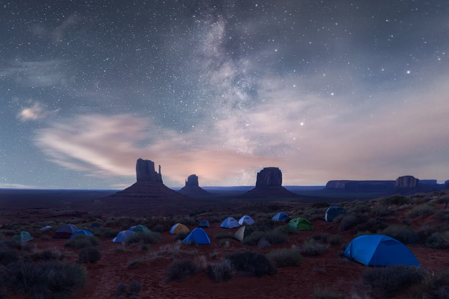 monument valley at night backcountry tour