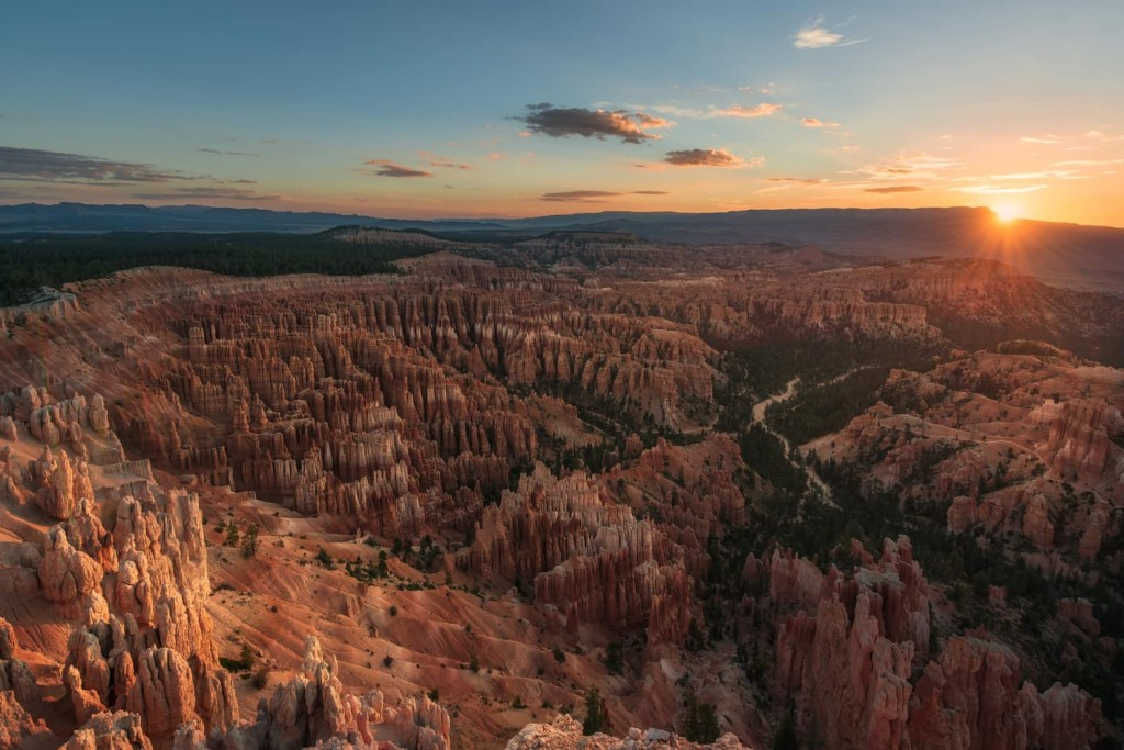 "Good morning Hoodoos - <a href=""https://capturetheatlas.com/visit-bryce-canyon-in-one-day/"">Bryce Canyon National Park.</a> <a href=""https://capturetheatlas.com/10-day-west-coast-usa-trip/"">United States.</a>"