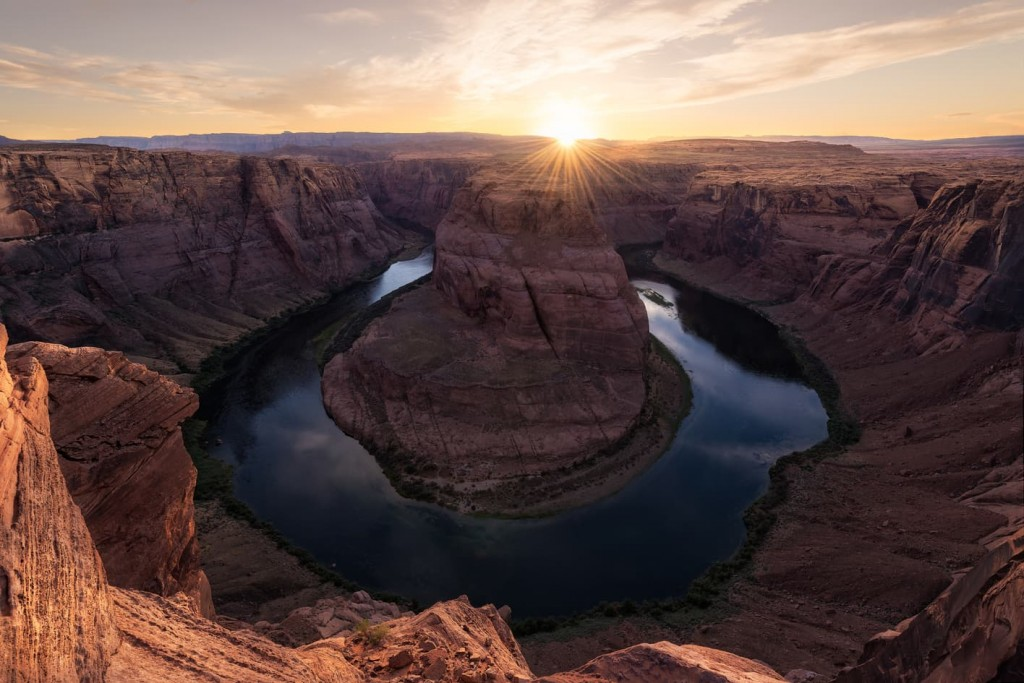 "gold bend - <a href=""https://capturetheatlas.com/es/visitar-horseshoe-bend-page/"">Horseshoe bend.</a> <a href=""https://capturetheatlas.com/es/ruta-costa-oeste-estados-unidos-10-dias/"">Estados Unidos.</a>"
