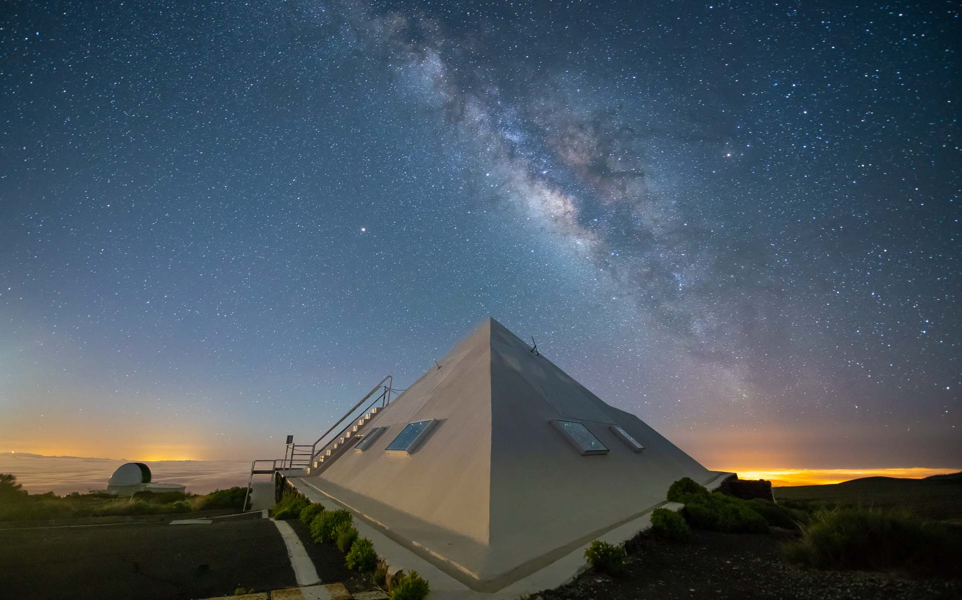 Milky Way observatory night photography Spain