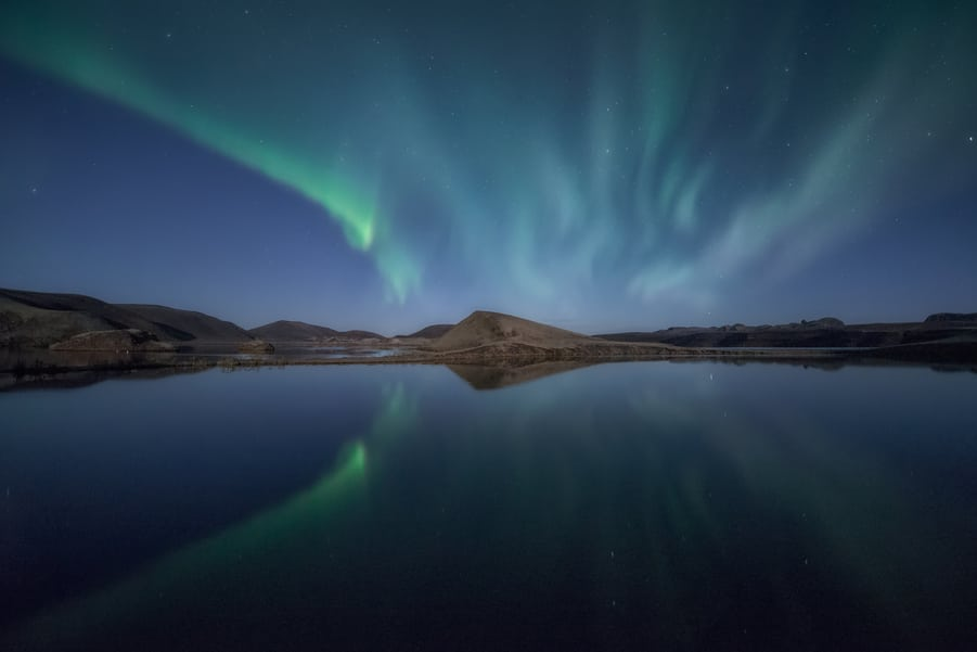 best places to see northern lights in highlands iceland