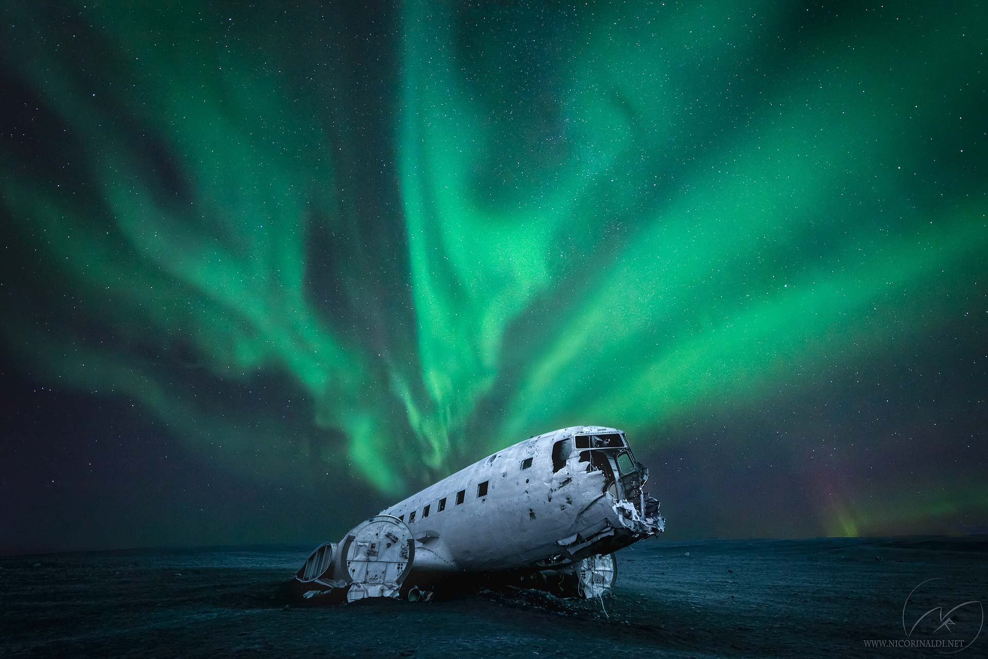 Northern Lights Iceland US Navy DC-3 Wreckage