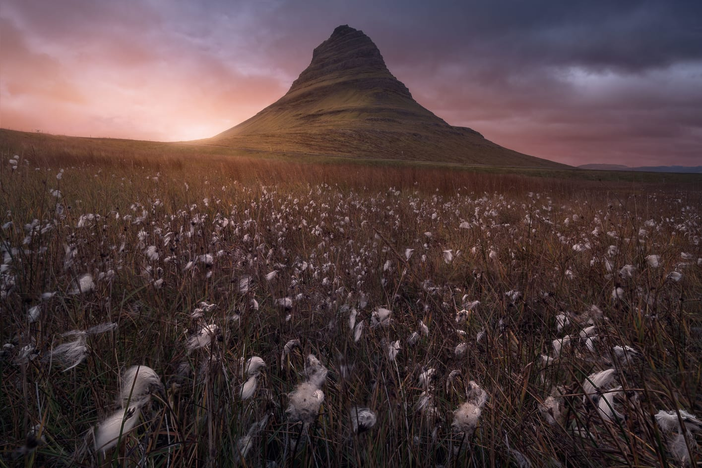 kirkjufell mountain best things to do in iceland snaefellsnes