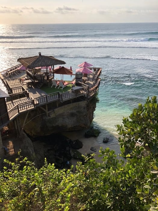 best beaches to see in bali jimbaran beach