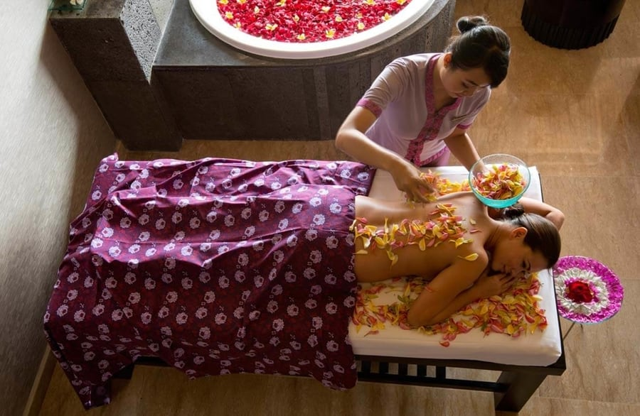 massage in spa villa ayana resort bali
