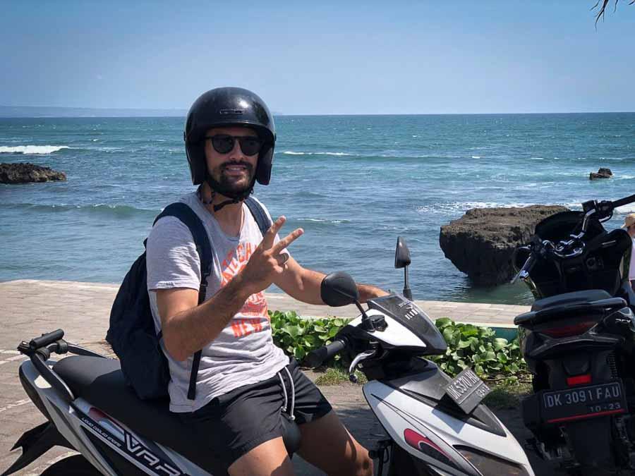 bali scooter rental wear a helmet is mandatory