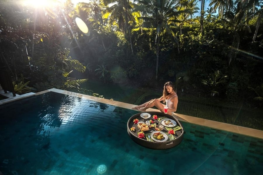 floating breakfast in bali villa dedary kriyamaha