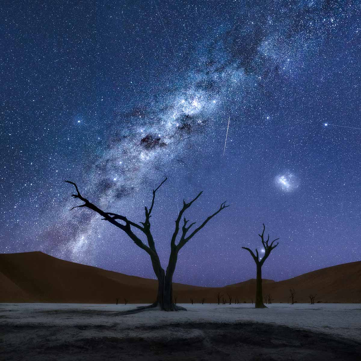 Milky Way at Deadvlei Namibia night sky astrophotography