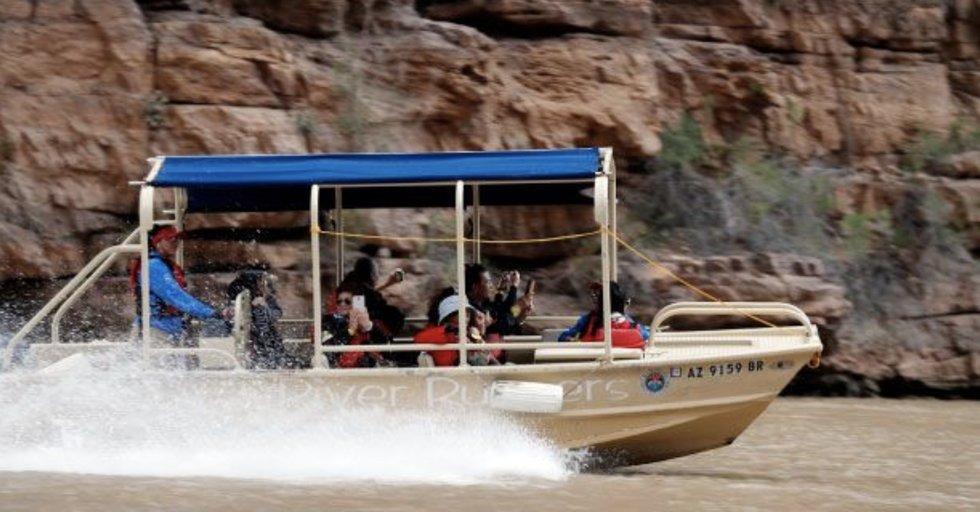 Grand Voyage paseo en barco y tour en helicoptero desde las Vegas al gran cañon borde oeste