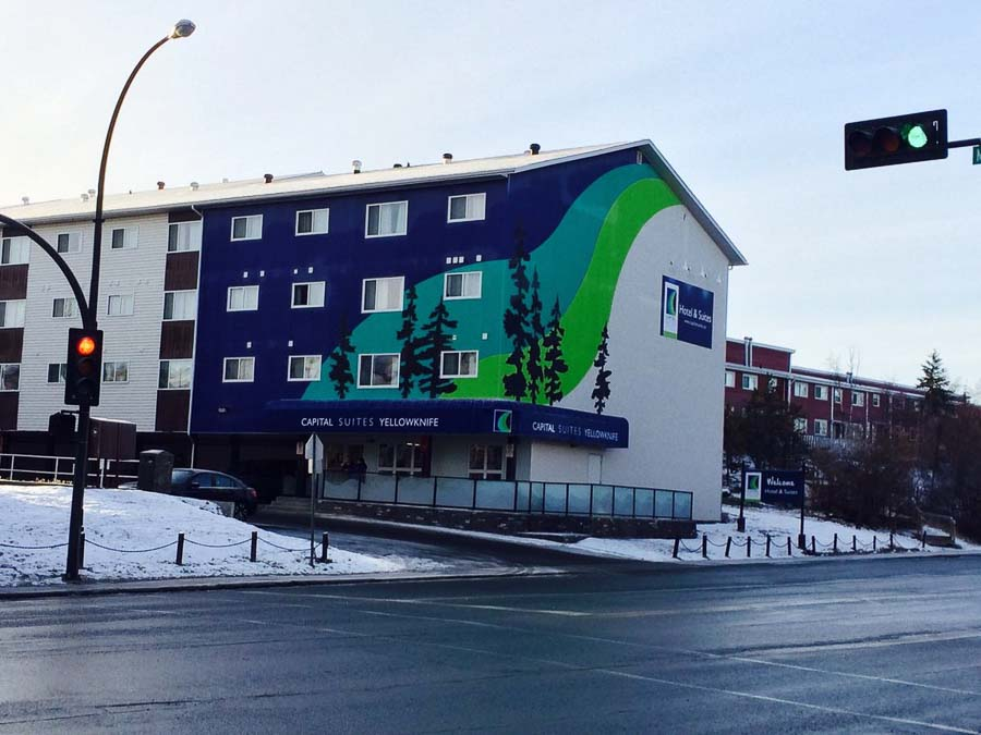 best cheap Northern Lights accommodation in Canada