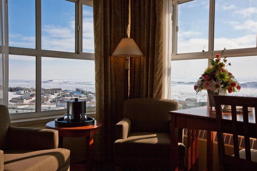 Best Northern Lights Hotel in Nunavut Canada