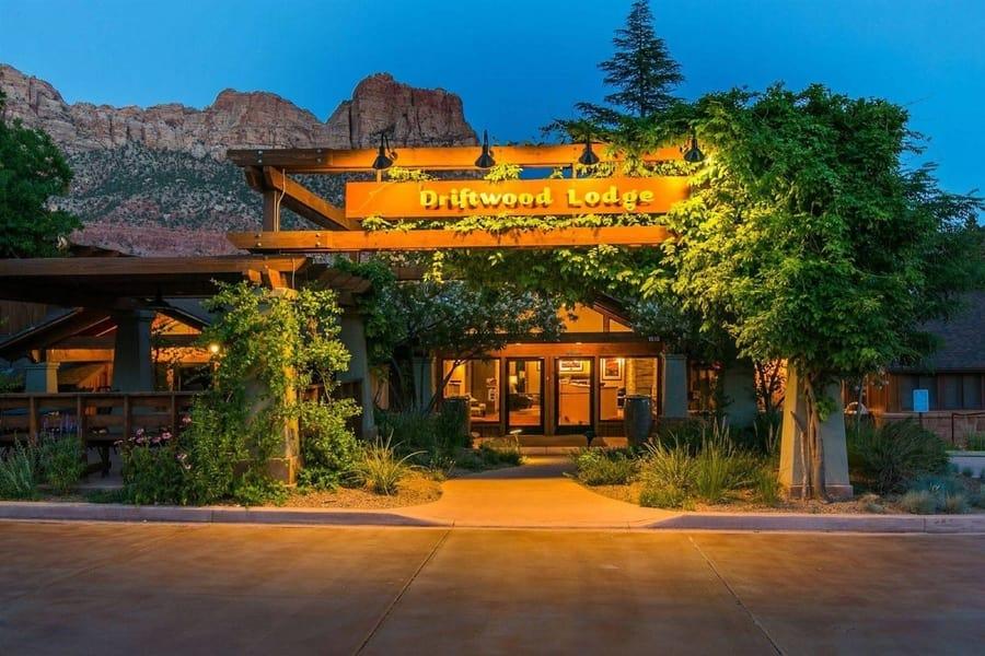 donde dormir en zion Driftwood Lodge