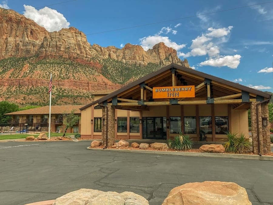 accommodation at zion national park