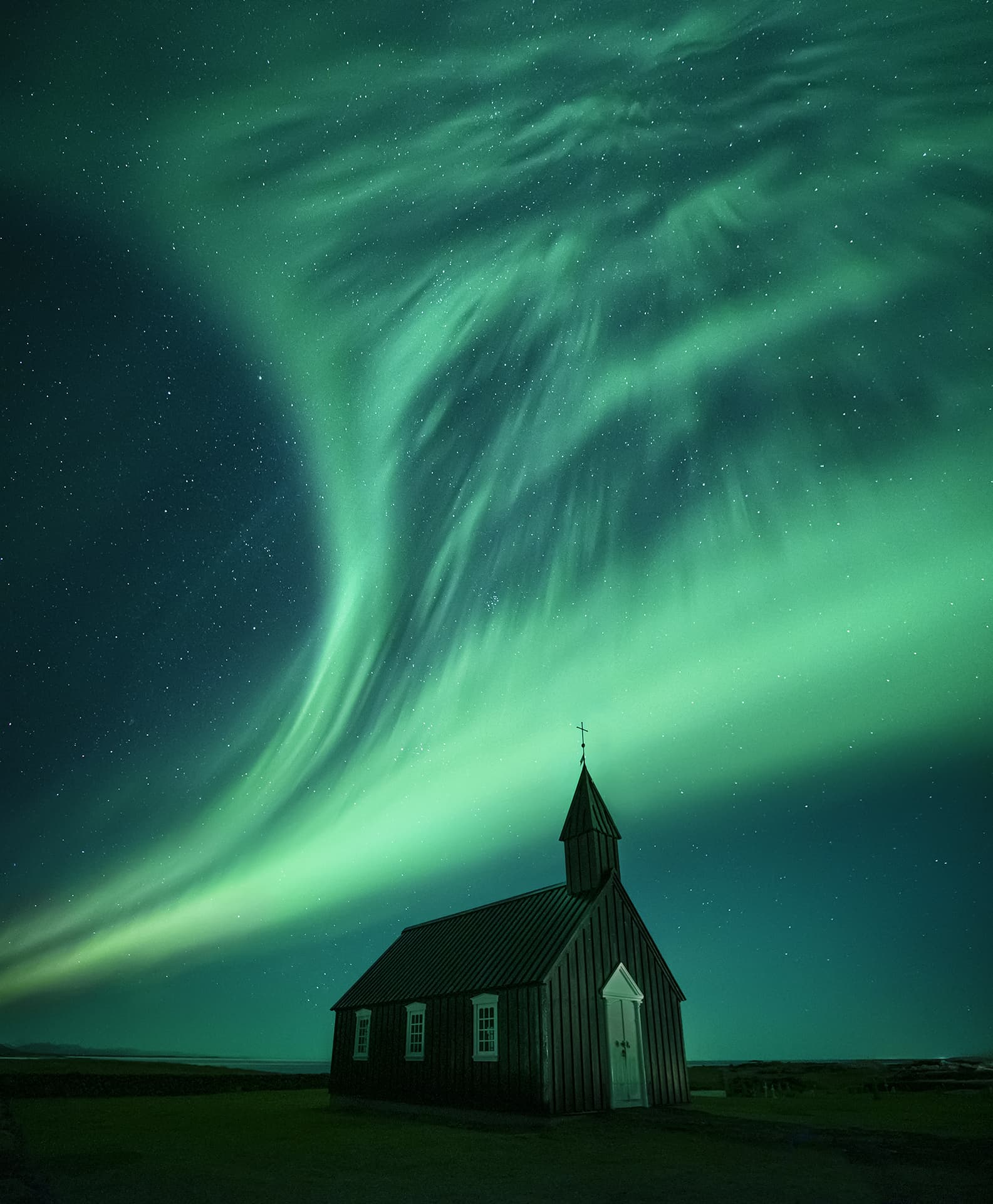 Best strong Aurora Borealis images
