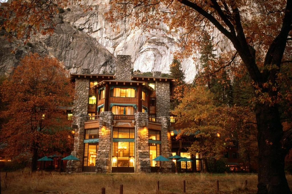 the ahwahnee one of the best hotels in Yosemite