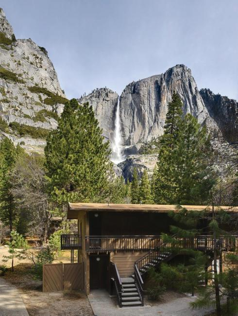 yosemite valley lodge, good option to sleep in yosemite