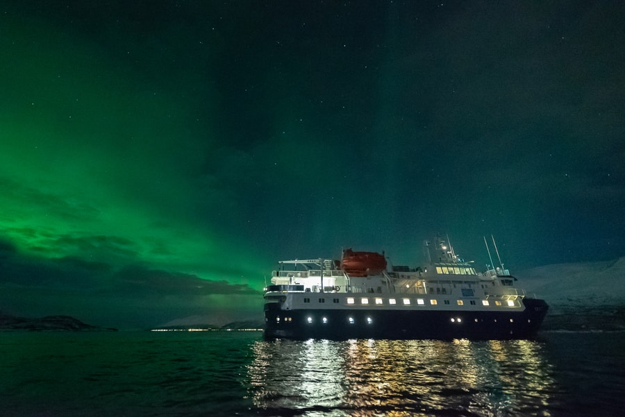 northern lights cruise from tromso