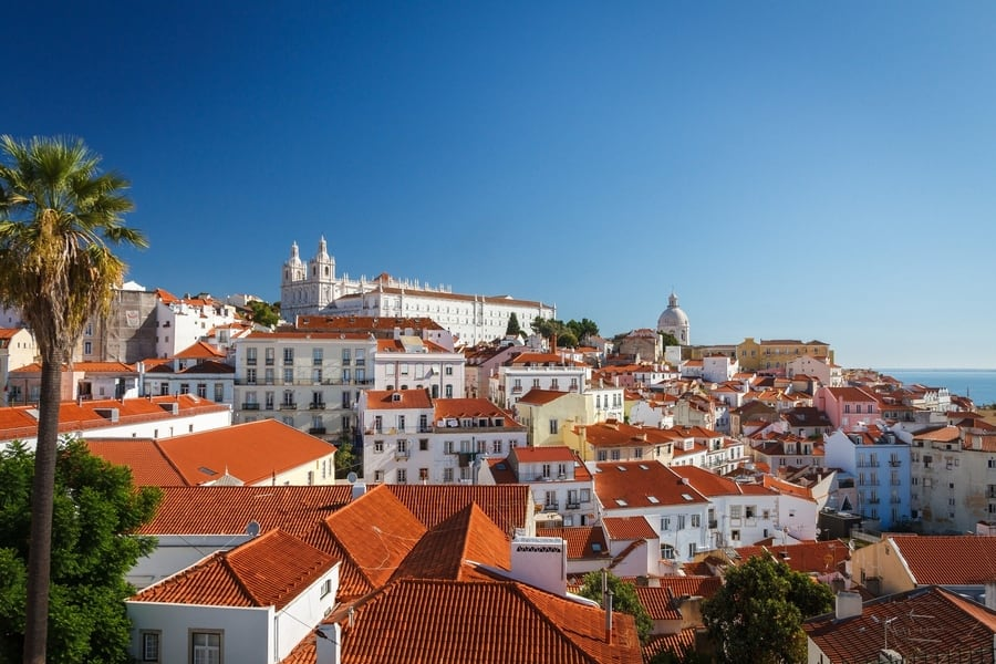 Alfama, the most authentic neighborhood of Lisbon