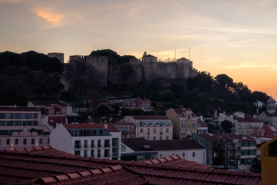 São Jorge Castle, a famous place to go in Lisbon, Portugal