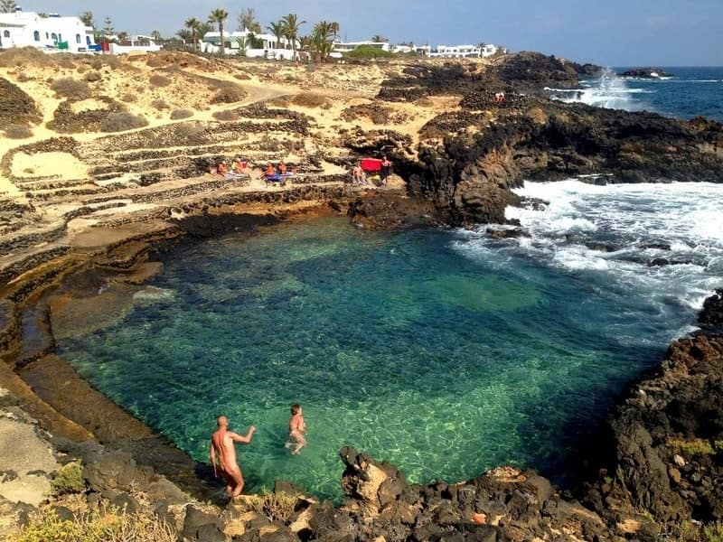 Charco del Palo, a place to do nudism in Lanzarote