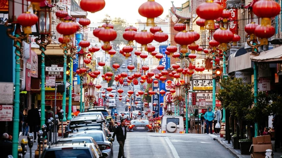 Visit Chinatown, something to do in San Francisco