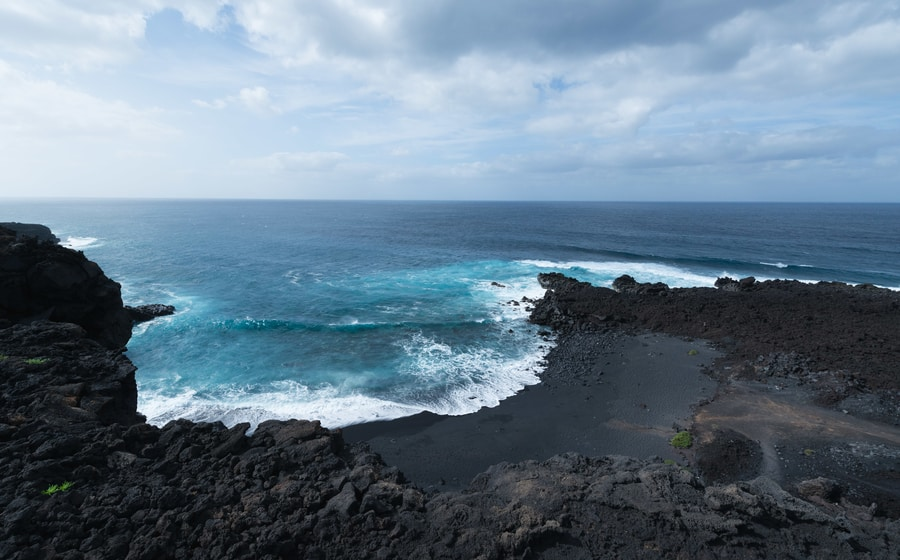 Hiking route in El Golfo, one of the best hiking routes in Lanzarote