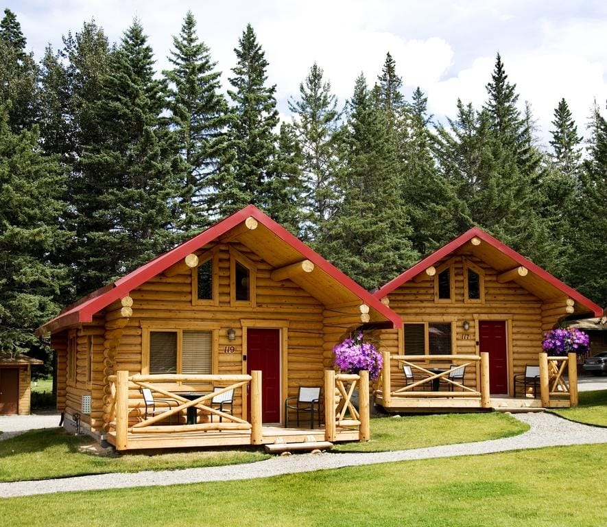 Pocahontas Cabins, an original accommodation in Jasper Pocahontas